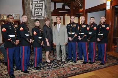 SKOREA_Arnold with Marines